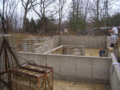 installing your log home foundation